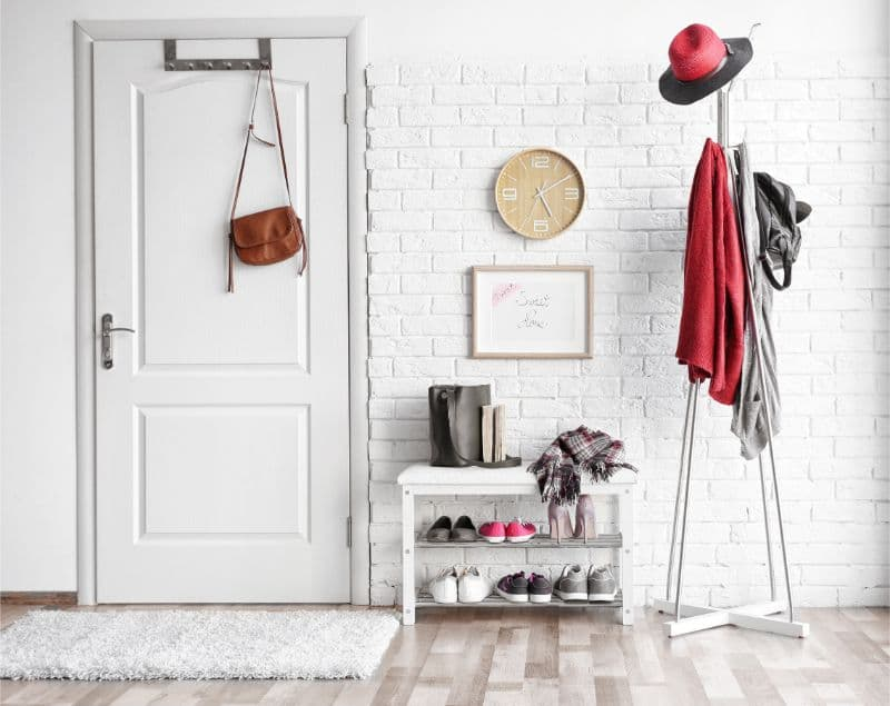 玄関・靴箱が臭い!絶対にすべき対策方法とおすすめ消臭アイテムランキング